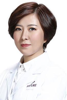 美莱整形医院专家富娜
