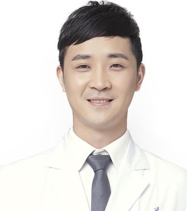 美莱玻尿酸整形专家王晓斌