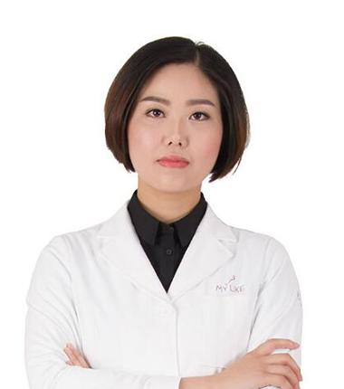 美莱双眼皮整形专家卓田