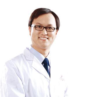美莱烤瓷牙整形专家刘乙辰