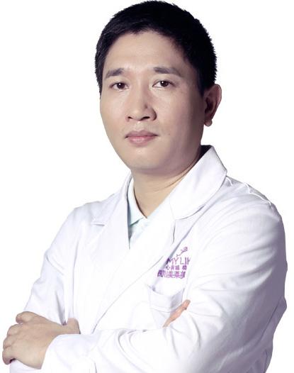 美莱改脸型医生邓诚