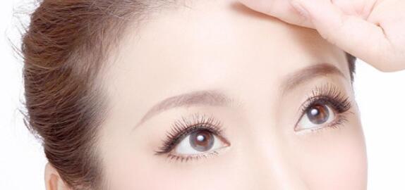 深圳怎么做开眼角术比较好?与其他搭配更好吗?