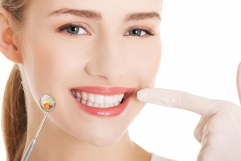 深圳牙齿矫正哪种方法好