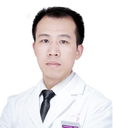 美莱烤瓷牙医生杨永利