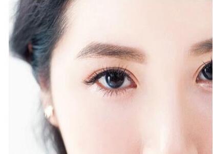 眼部抽脂需要多少钱