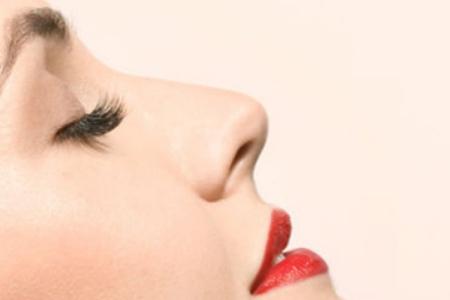 昆明自体组织隆鼻维持多久,效果好吗?